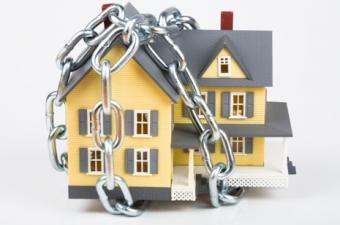 house-in-chains-two