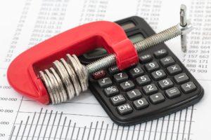 Lenders cut costs